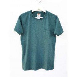 เสื้อยืดมีกระเป๋าสีเขียวป่า