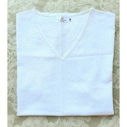 (สีขาว) เสื้อชายคอวี