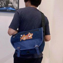 กระเป๋าเคียงสีน้ำเงินลายชิบะนอน