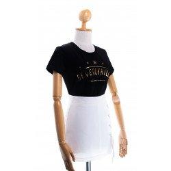 (สีดำ) เสื้อยืด Beveryhill